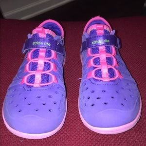 Stride Rite Made 2 Play Croc Style With Velcro